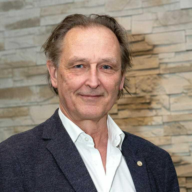 Wolfgang Plöge
