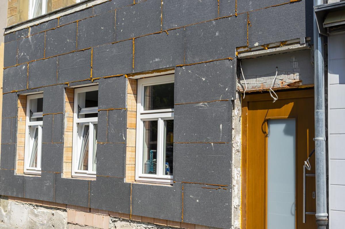 Energetische Sanierung: Wie Bauherren damit Steuern sparen