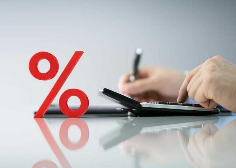Die Mehrwertsteuersenkung bedeutet für Handwerker zunächst bürokratischen Aufwand, beschert im Gegenzug aber mehr Aufträge