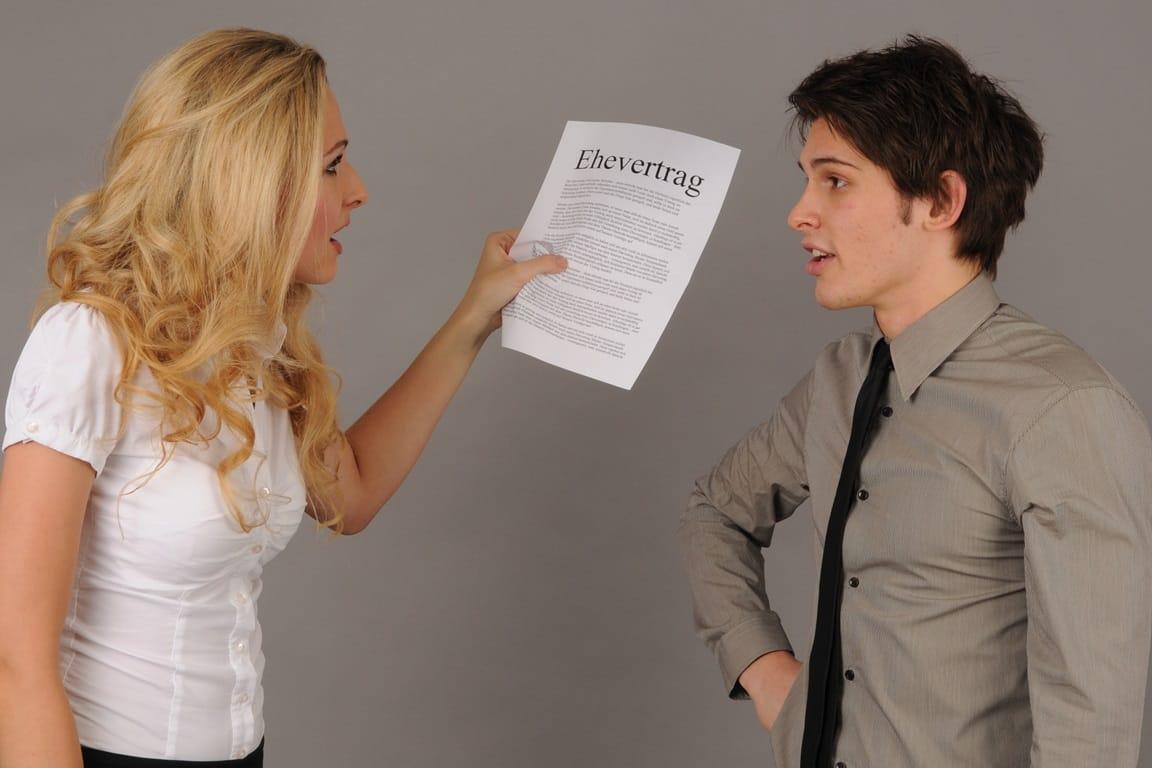 So schützen Sie sich durch einen Ehevertrag