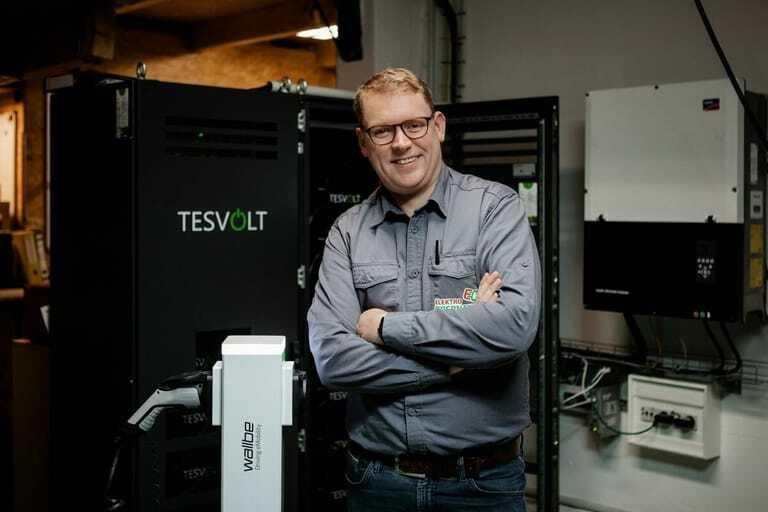Unternehmer Jan Obernauer stellte seinen Fuhrpark komplett auf Stromer um