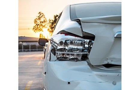 Fahrerflucht: Was tun, wenn es gekracht hat?