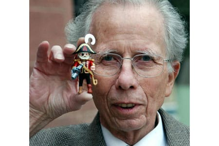 Hans Beck, Playmobil-Erfinder