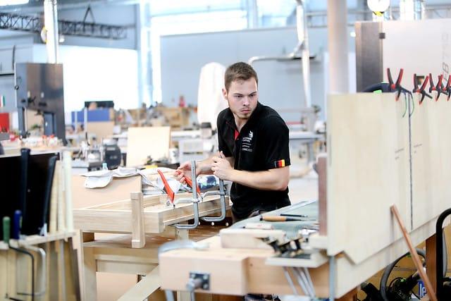 Beim Wettkampf an Skill 25, Bauschreiner, hat Florian Meigel, den 5. Platz belegt und holt sich eine Exzellenzmedaille.