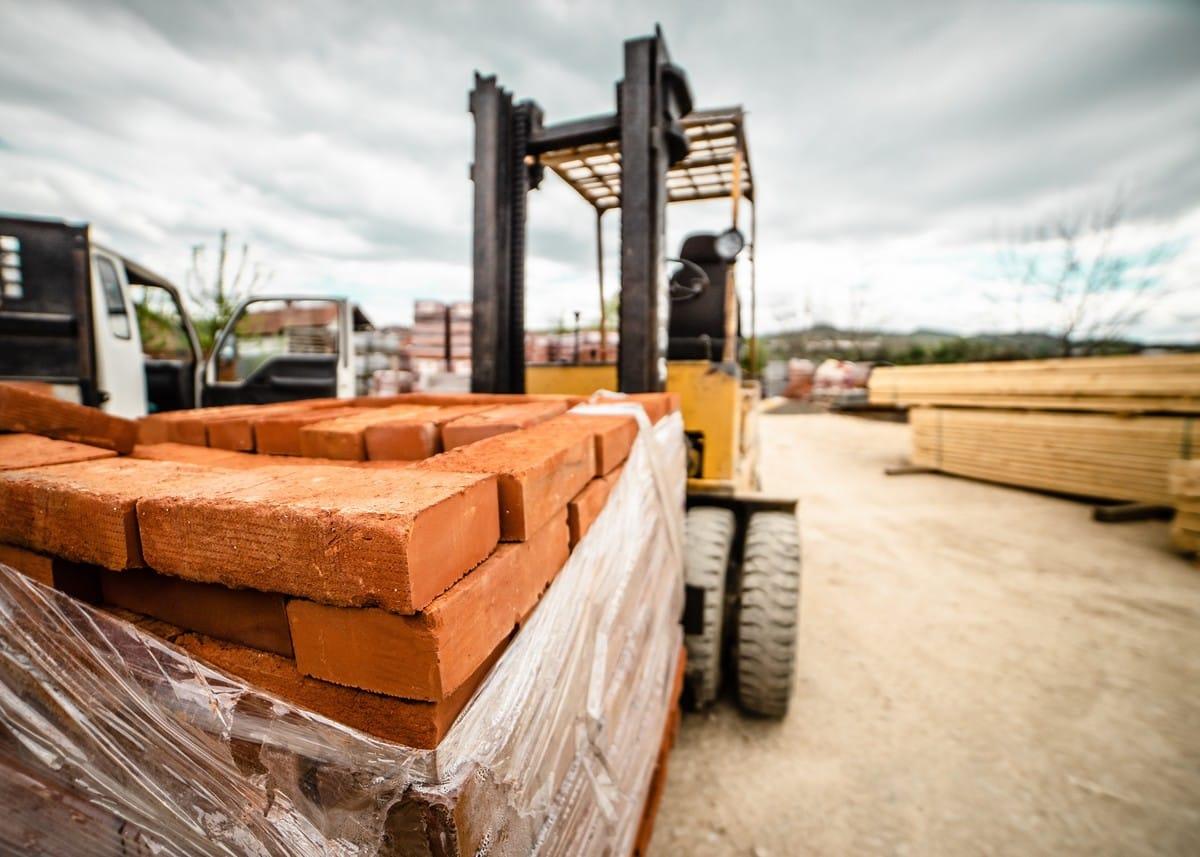 Baustoff-Knappheit: So meistern Handwerksbetriebe den aktuellen Materialmangel