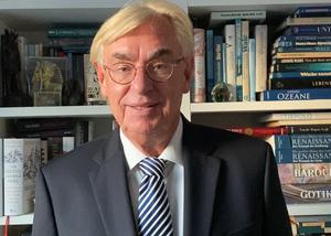Dr. Jürgen Höser