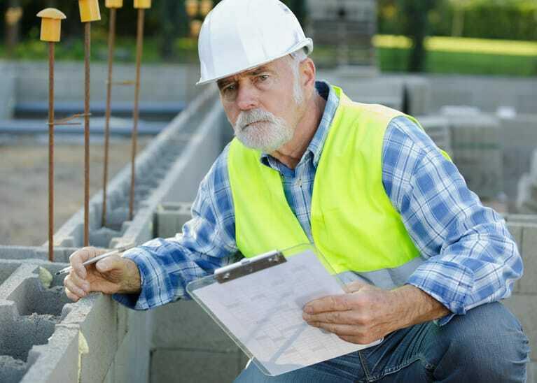 Handwerker auf der Baustelle